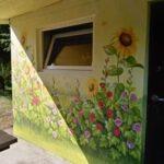 mural z kwiatami